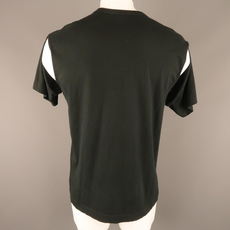 21913b8bf1e COMME des GARCONS HOMME PLUS Size M Black Cotton Slit Sleeve T-shirt For  Sale at 1stdibs