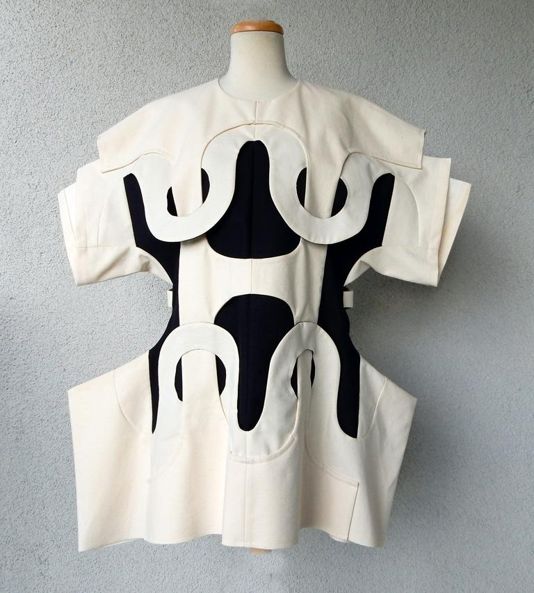 Women's Comme des Garcons NWT 2014 Runway Oversized Aerodynamic Link Dress   For Sale