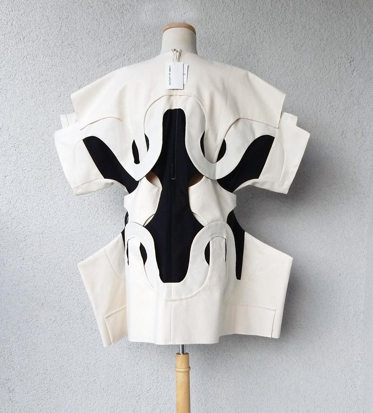 Comme des Garcons NWT 2014 Runway Oversized Aerodynamic Link Dress   For Sale 2