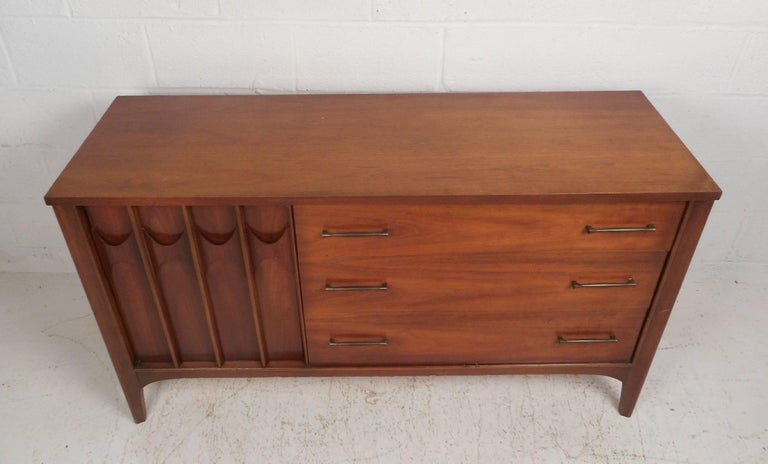 Mid-Century Modern Compact Mid-Century Kent Coffey Perspecta Credenza For Sale