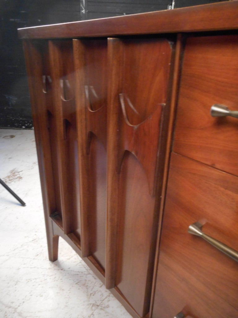 Compact Mid-Century Kent Coffey Perspecta Credenza For Sale 1