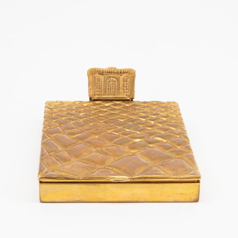 Compact or Box by Line Vautrin, France, Le Trianon, Gilded Bronze, Signed In Good Condition For Sale In Brussels, BE