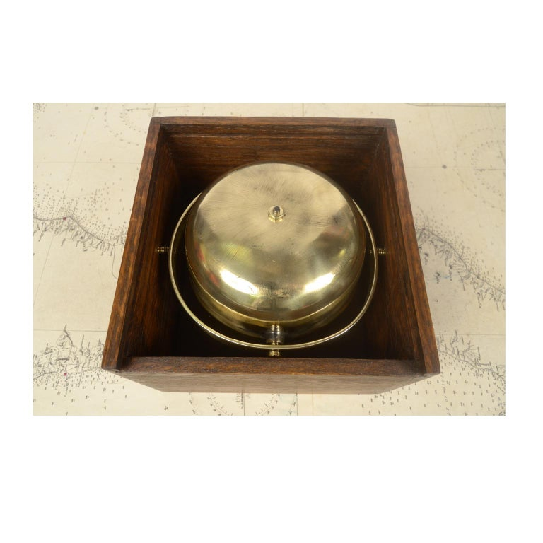 Compass in Its Original Wooden Box English Manufacture, 1860 In Good Condition For Sale In Milan, IT