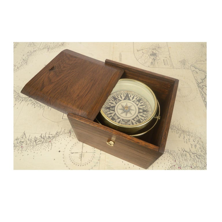 Compass in Its Original Wooden Box English Manufacture, 1860 For Sale 3