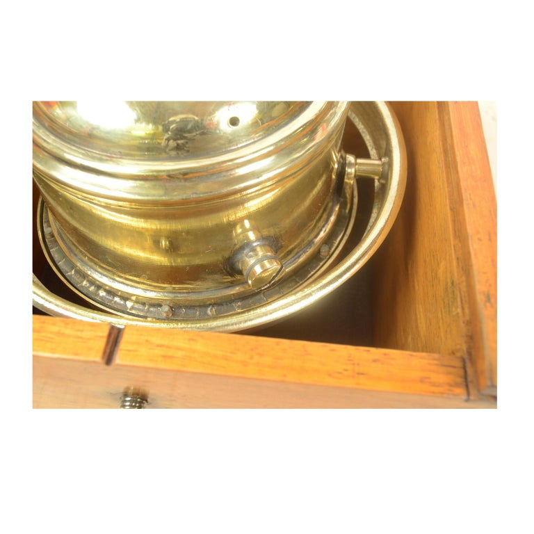 Compass in its Original Wooden Box Signed Sestrel Early 1900s In Good Condition For Sale In Milan, IT