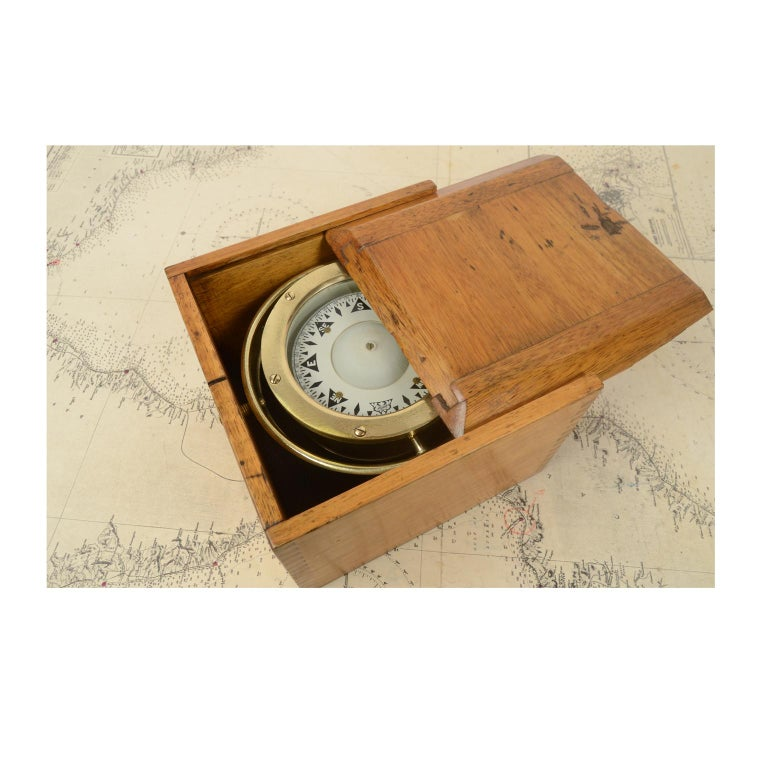 Compass in its Original Wooden Box Signed Sestrel Early 1900s For Sale 2