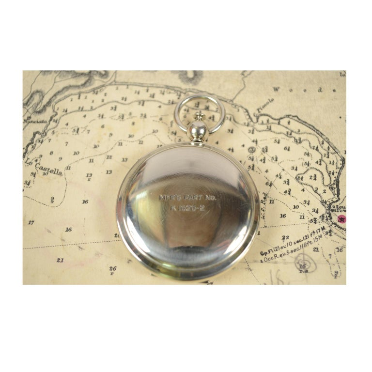 Compass Used by the American Aviation Officers in the 1920s Signed Wittnauer For Sale 4