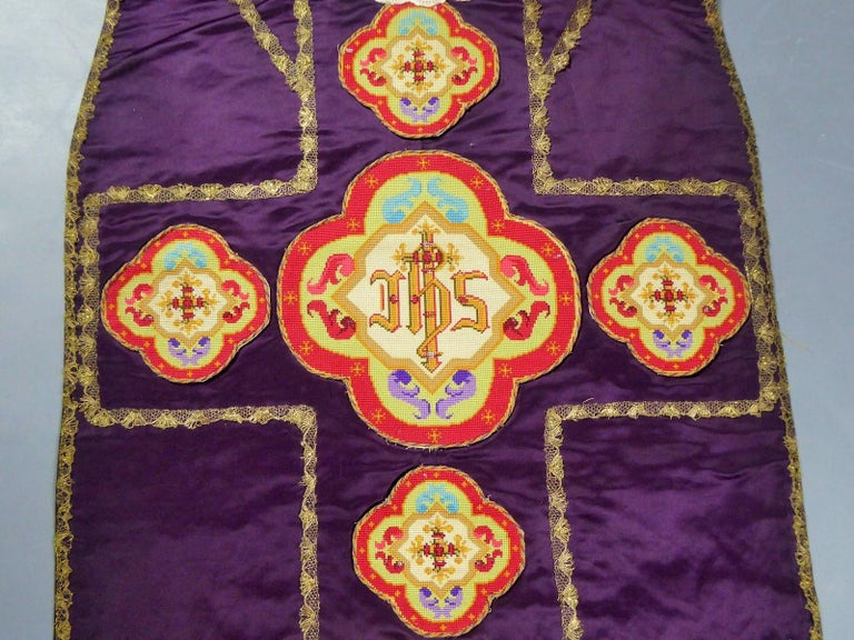 Women's or Men's Complete Christian Embroidered chasuble set -  Circa 1880/1920 For Sale