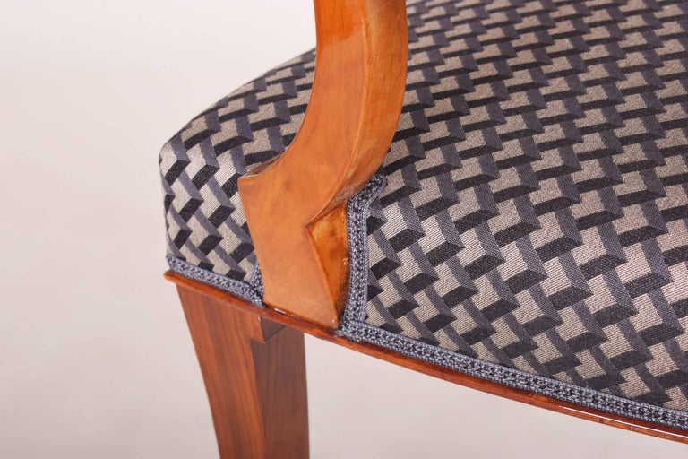Completely Restored Walnut Art Deco Armchair, New Upholstery, Shellac Polish For Sale 1
