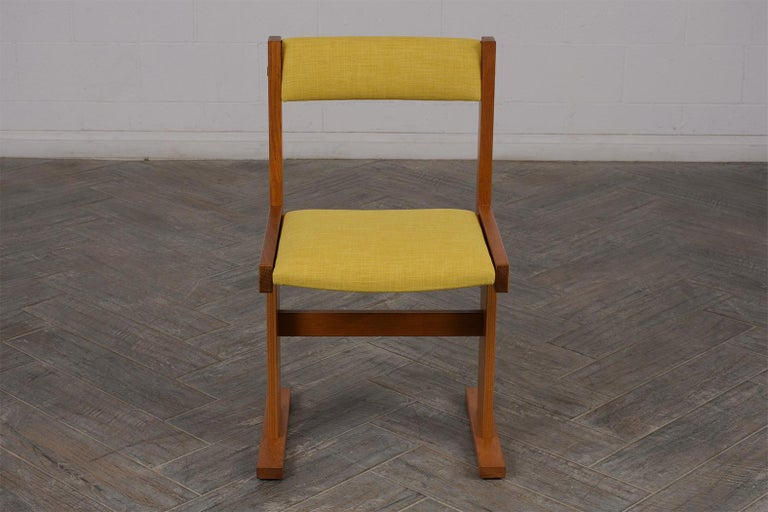 Mid-20th Century Completly Restored Set of Six Poul Hermann Poulsen Midcentury Dinning Chairs For Sale