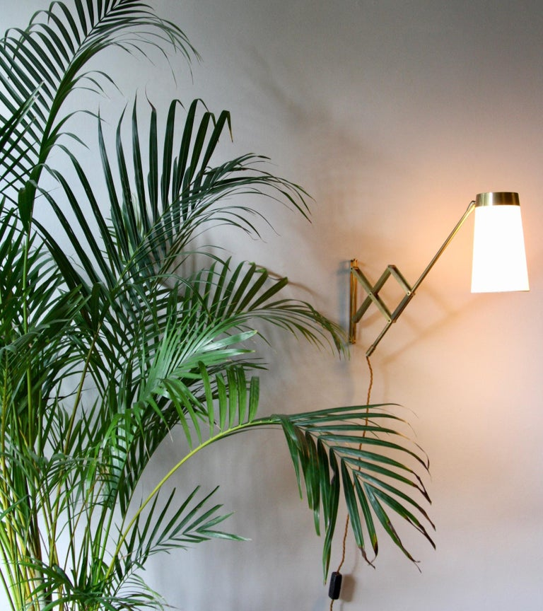 Scandinavian Modern Concertina Wall Light in Polished Brass, Designed and Made in Denmark circa 1950