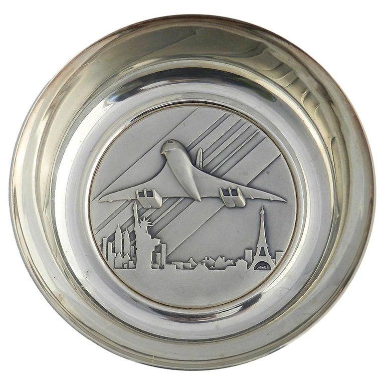Concorde Pin Dish 10th Anniversary Memorabilia Commemorative Paris, New York For Sale