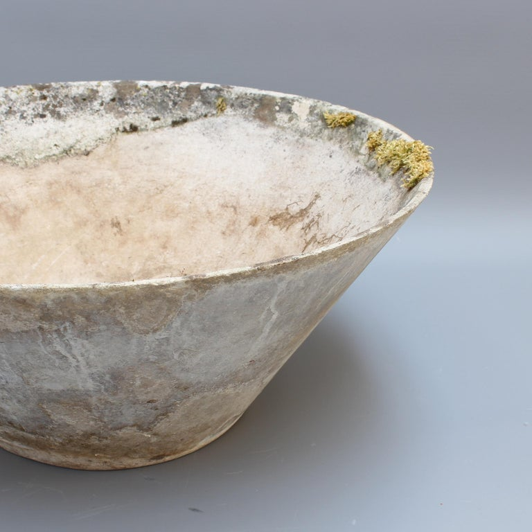 Cone-Shaped Planter Attributed to Willy Guhl for Eternit, circa 1960s, Large For Sale 3