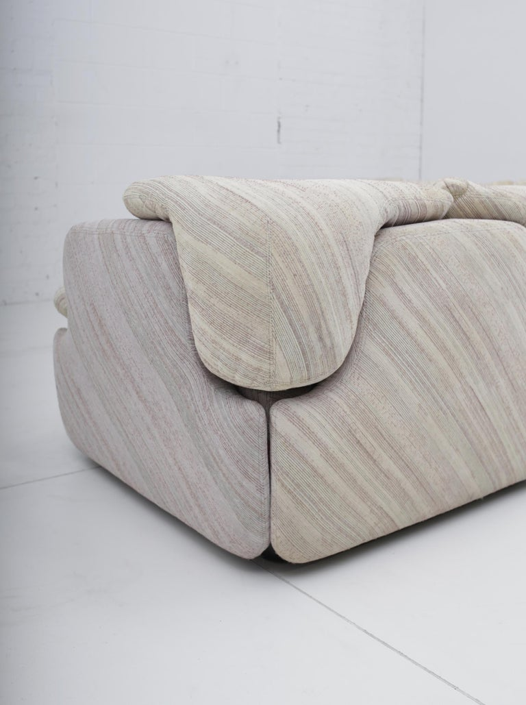 "'Confidential"" Sectional Sofa by Alberto Rosselli for Saporiti, Missoni Fabric For Sale 11"