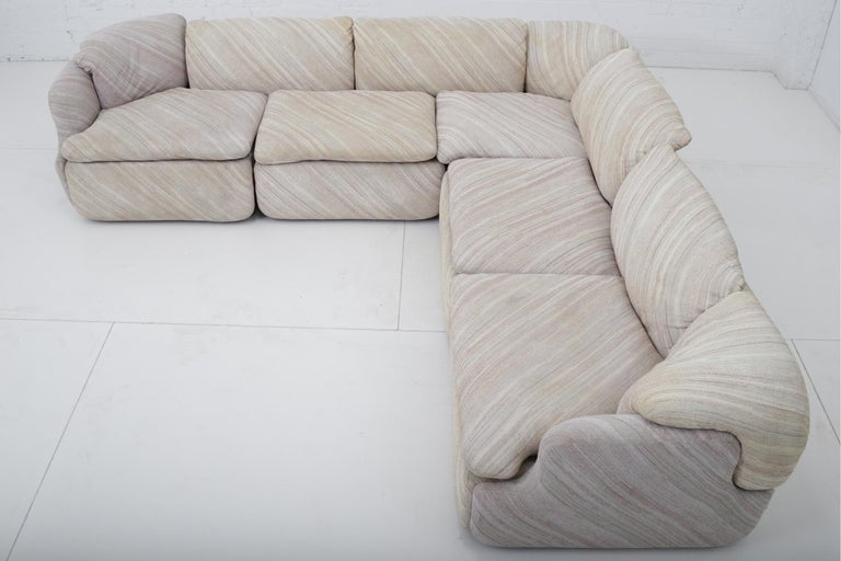 "'Confidential"" Sectional Sofa by Alberto Rosselli for Saporiti, Missoni Fabric For Sale 2"