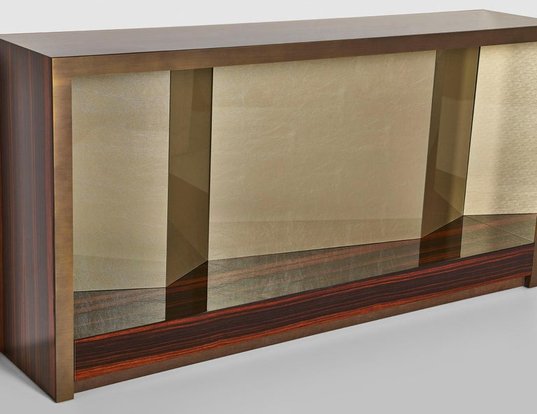 Console Polish Ebony and Champagne Liquid Metal Inside Back Panels in Vetrite In New Condition For Sale In London, GB