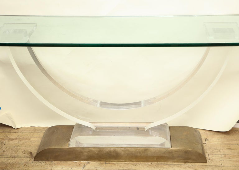 Console Table Mid-Century Modern Architectural Lucite Glass and Brass, 1970s For Sale 2