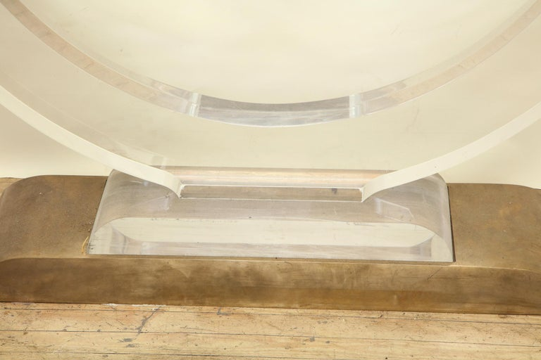 Console Table Mid-Century Modern Architectural Lucite Glass and Brass, 1970s For Sale 3