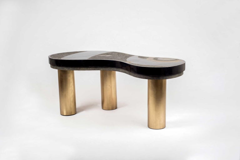 Constellation Coffee Table in Black Shagreen, Quartz and Brass by Kifu Paris For Sale 3