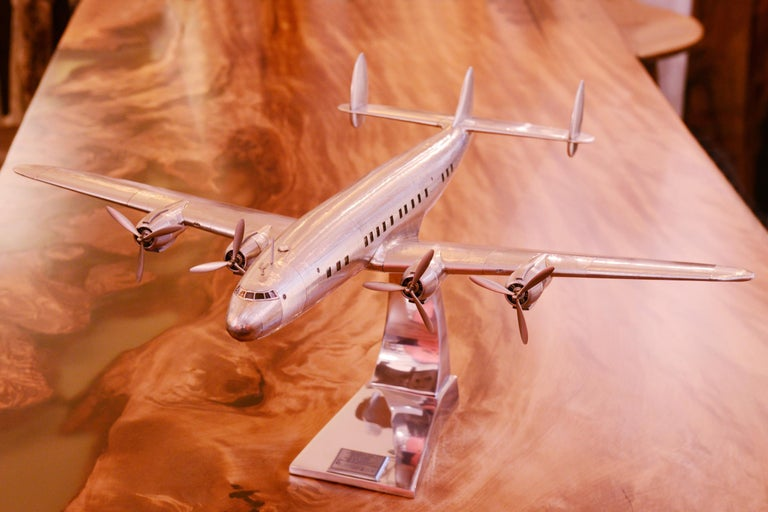 Constellation Lockheed L1049 Aircraft Model In New Condition For Sale In Paris, FR