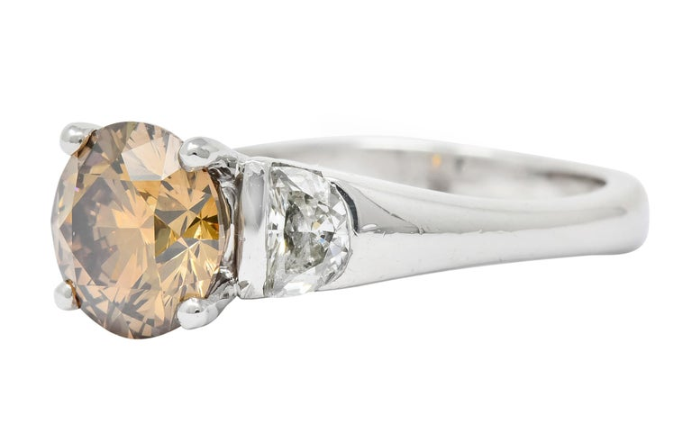 Contemporary 2.75 Carat Fancy Colored Diamond Platinum Engagement Ring GIA For Sale 1