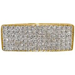 Contemporary 3.00 Carat Diamond 18 Karat Yellow Gold Cluster Ring