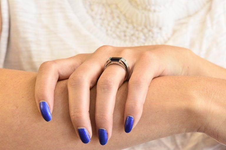 Contemporary 3.32 Carat Sapphire Diamond Platinum Band Ring For Sale 4