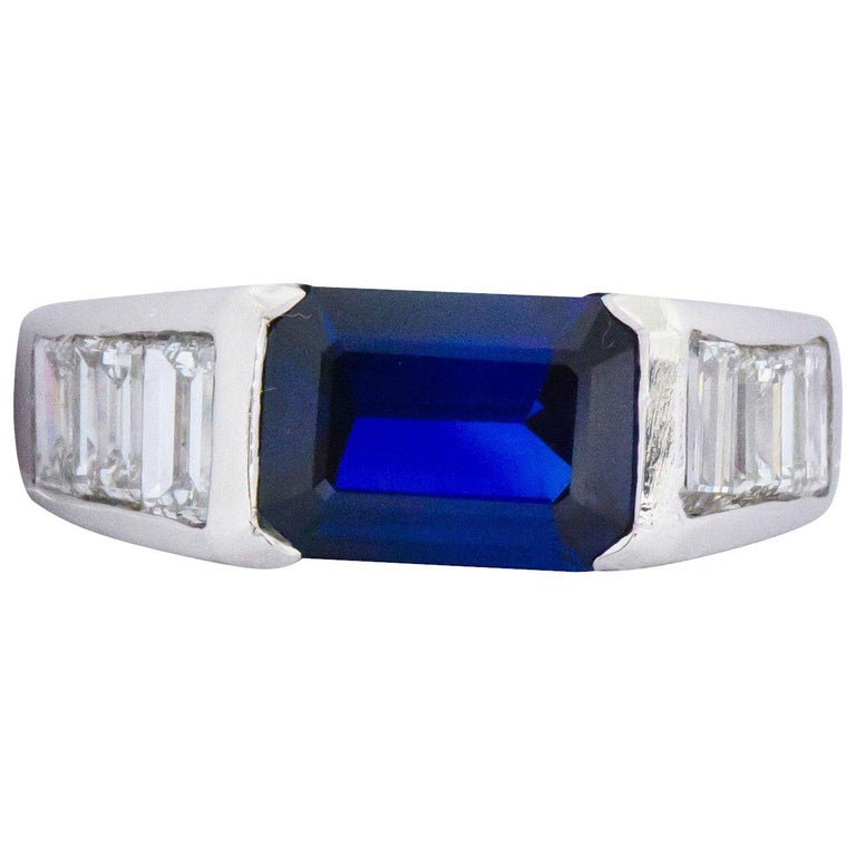 Contemporary 3.32 Carat Sapphire Diamond Platinum Band Ring For Sale
