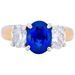 Contemporary 3.94 Carat Diamond Sapphire Platinum 14 Karat Gold Ring GIA