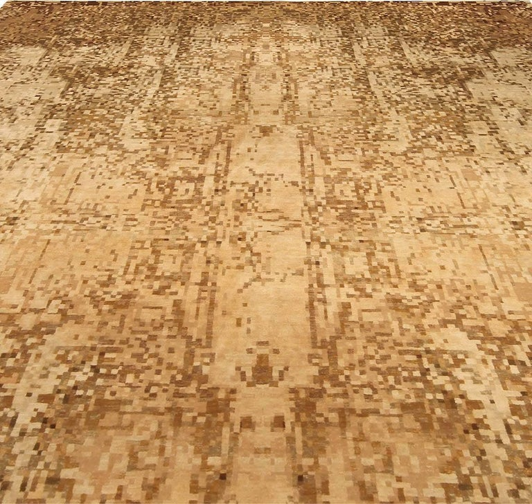 Contemporary Abstract Element Gold Beige Rug In New Condition For Sale In New York, NY