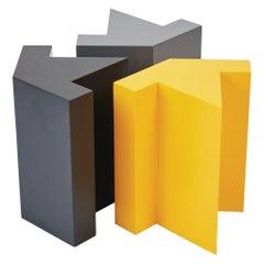 Zeitgenössische Bietet allen Platz für modulare Hocker oder Beistelltisch aus Holz