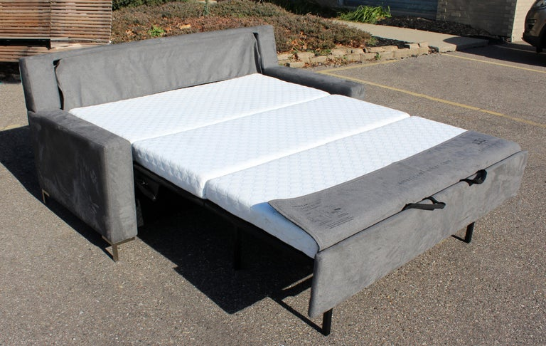 Contemporary American Leather Co. Comfort Sleeper Sofa 5