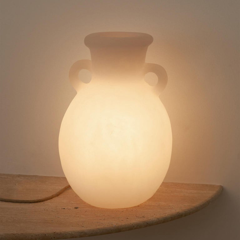Brutalist Contemporary Amphora Lamp in Resin For Sale