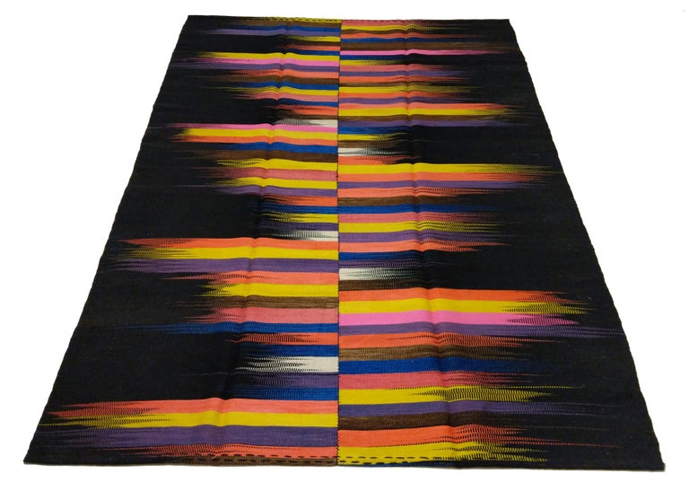 Contemporary Anatolian Kilim Rug with Polychrome Flame Pattern on a Black Ground For Sale 3