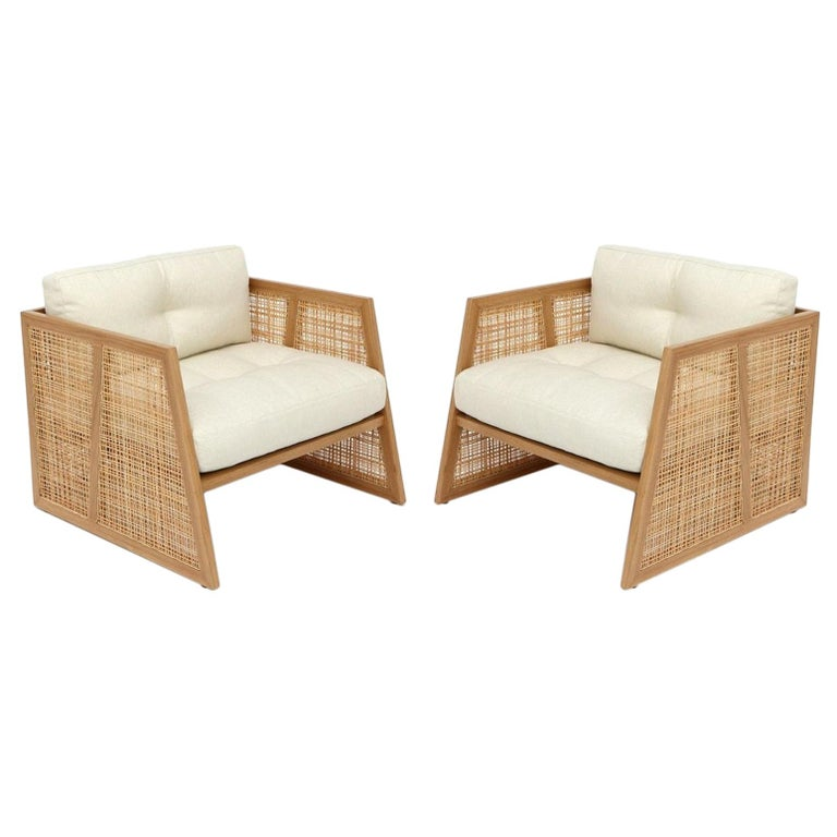 Contemporary Armchair Set of 2 in Natural Straw For Sale