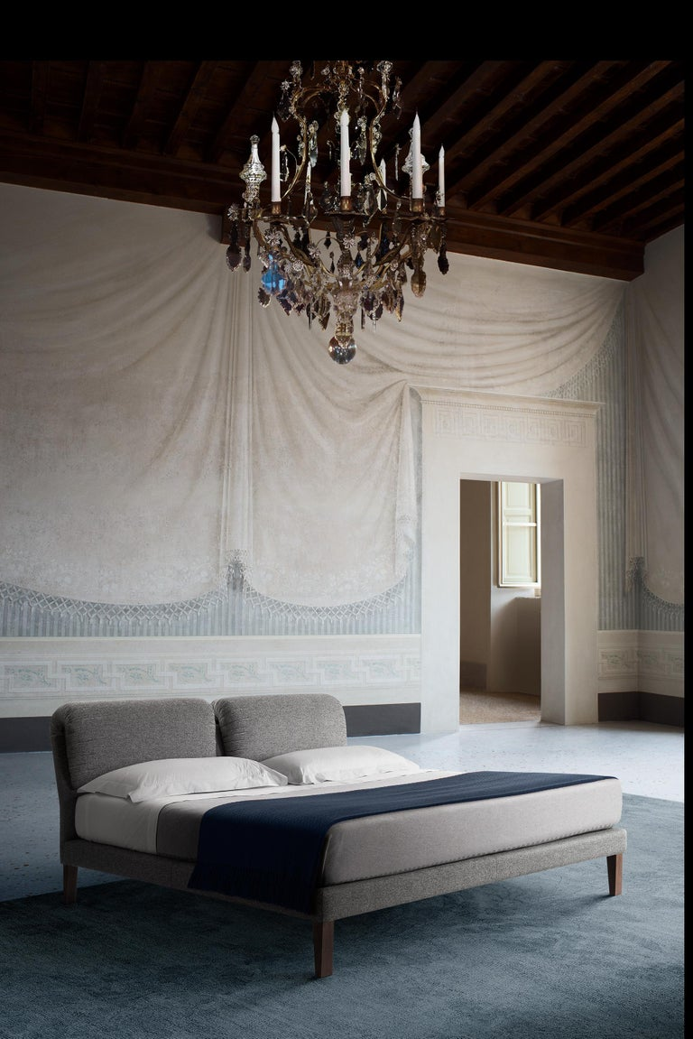 Contemporary Bed, Handmade in Italy, Customizable For Sale 1