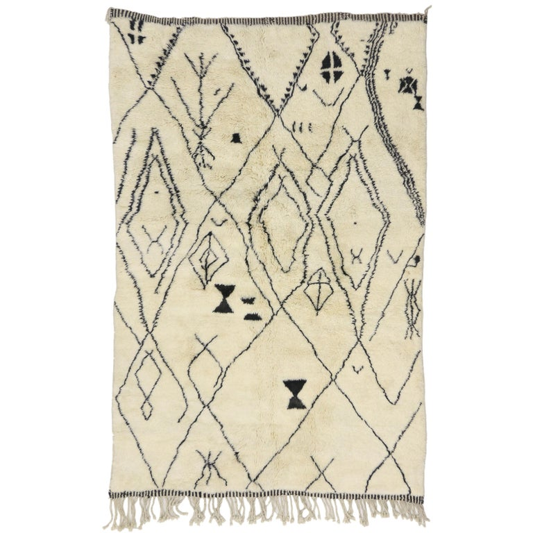Contemporary Berber Moroccan Rug with Tribal Design, Berber Moroccan Rug For Sale