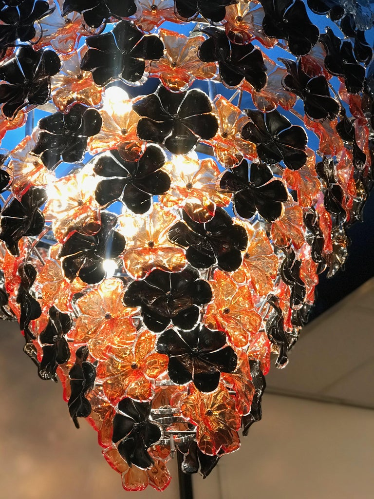 Contemporary Black and Orange Flower Stunning Murano Glass Chandelier For Sale 3
