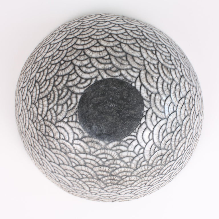 Contemporary Black and White Ceramic Bowl, Coupe Japonaise III For Sale 1