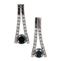 Contemporary Black Diamond 14 Karat White Gold Diamond Drop Earrings