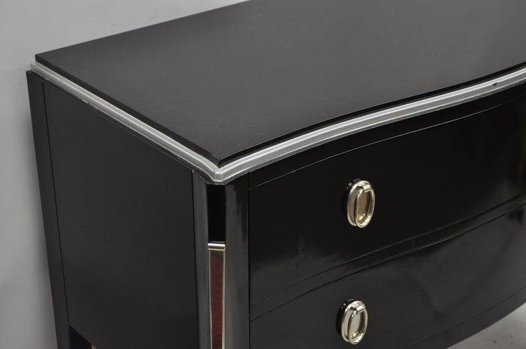 Contemporary Black Lacquer Bombe Commode 2-Drawer Italian Chest by Zichele In Good Condition For Sale In Philadelphia, PA