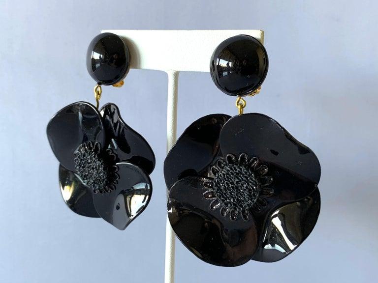 Women's Contemporary Black Poppy Drop Statement Earrings For Sale