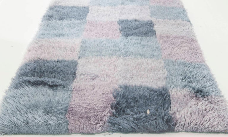 Indian Contemporary Bluebell Swedish Rya Design Rug in Blue and Purple For Sale