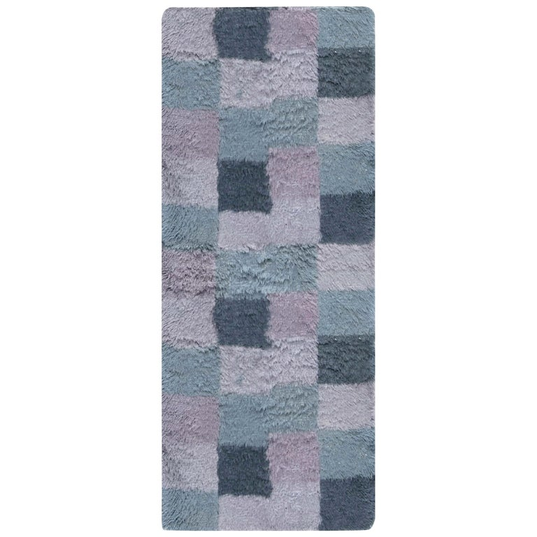 Contemporary Bluebell Swedish Rya Design Rug in Blue and Purple For Sale