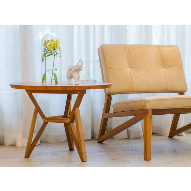 Hand-Crafted Contemporary Brazilian Design Side Table Meló Made in Tropical Solid Wood For Sale