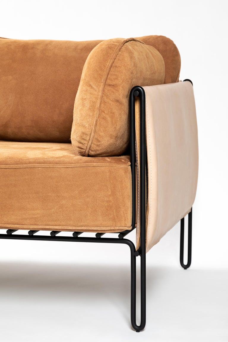 Leather Minimalist Brazilian Sofa ´Sonia´ by Samuel Lamas For Sale