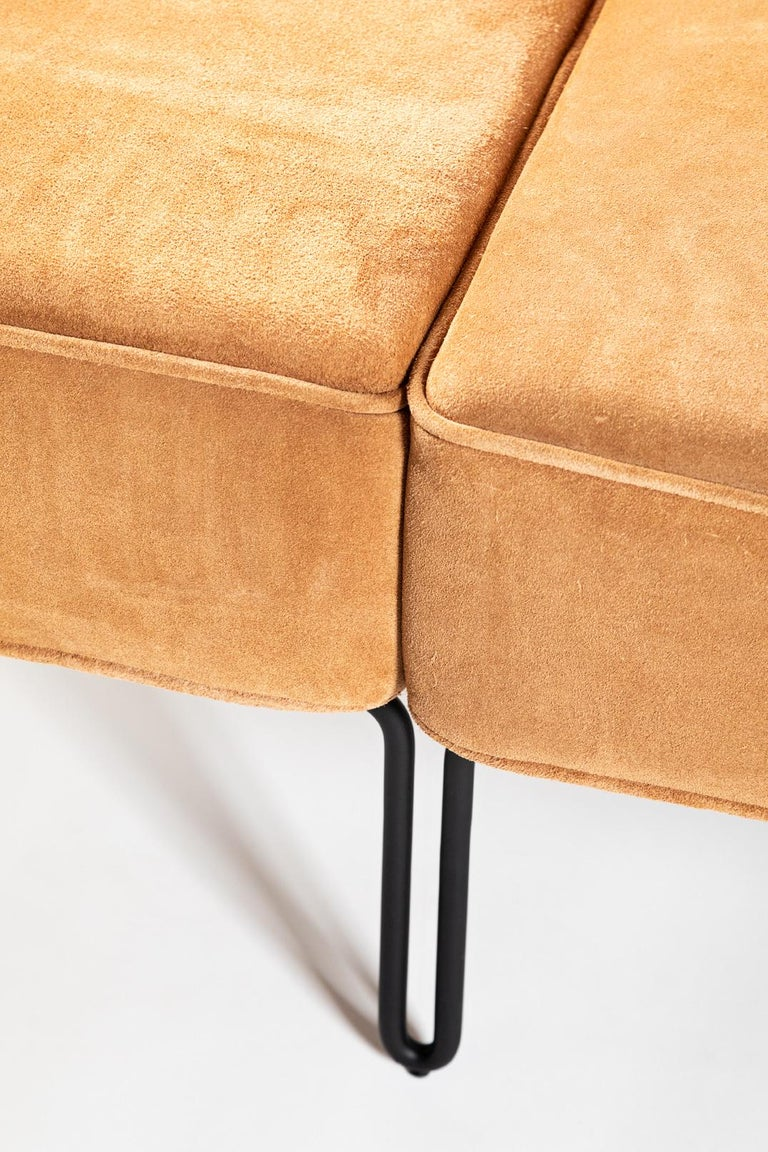 Minimalist Brazilian Sofa ´Sonia´ by Samuel Lamas For Sale 2