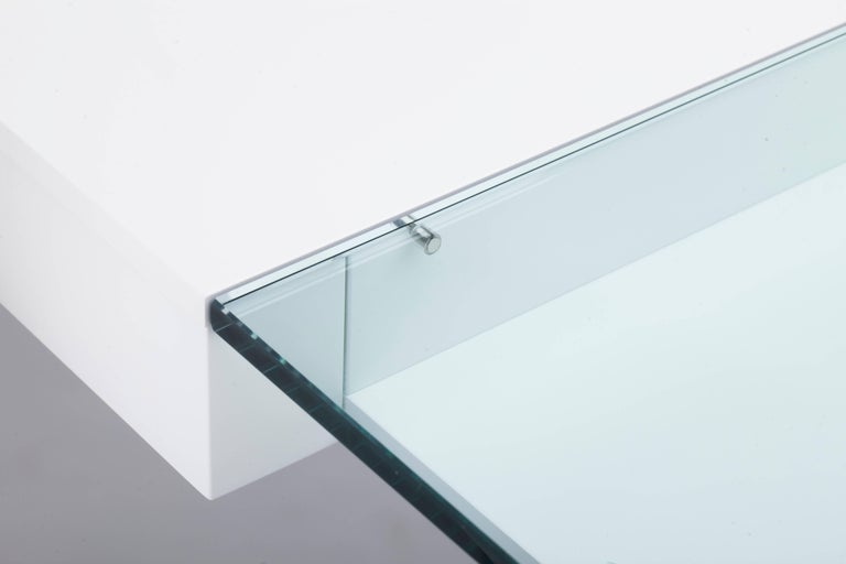 Contemporary Cosimo Desk by Marco Zanuso Jr. White Mat Lacquered and Glass Top For Sale 5