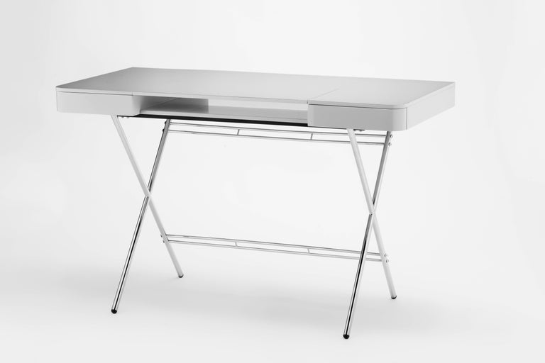 French Contemporary Cosimo Desk by Marco Zanuso Jr. with Grey Glossy Lacquered Top For Sale