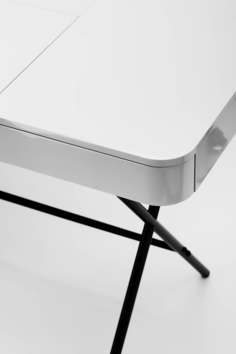 Contemporary Cosimo Desk by Marco Zanuso Jr. with Grey Glossy Lacquered Top For Sale 3